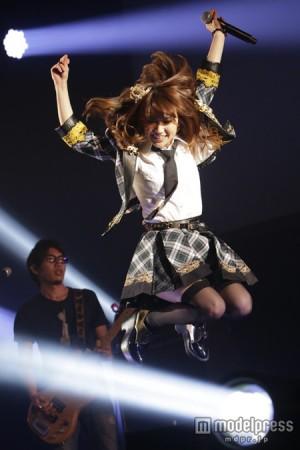 "AKB48 >> Single ""#Sukinanda"" - Página 2 Yukojump-300x450"
