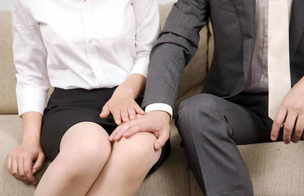 Resultado de imagen para acoso sexual en el trabajo