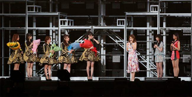 °C-ute y la lider vitalicia del H!P Yuko Nakazawa, Sayumi Michishige y Wada Ayaka